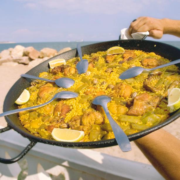 solea spanish school paella valenciana
